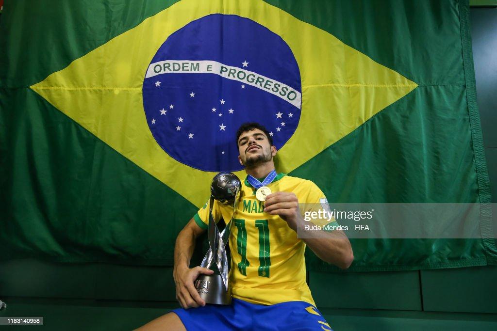 Mexico v Brazil - Final - FIFA U-17 World Cup Brazil 2019 : News Photo