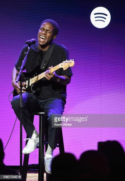 Daniel Caesar performs onstage during Spotify's Secret Genius Awards hosted by NEYO at The Theatre at Ace Hotel on November 16 2018 in Los Angeles...