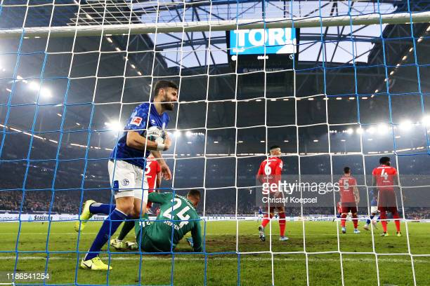 Daniel Caligiuri of FC Schalke 04 celebrates scoring his sides second goal during the Bundesliga match between FC Schalke 04 and Fortuna Duesseldorf...