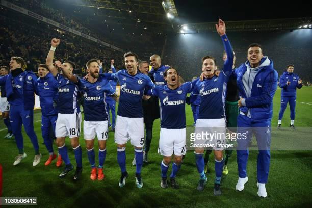 Daniel Caligiuri of Schalke 04 Guido Burgstaller of Schalke 04 Matija Nastasic of Schalke 04 Benjamin Stambouli of Schalke 04 Bastian Oczipka of...