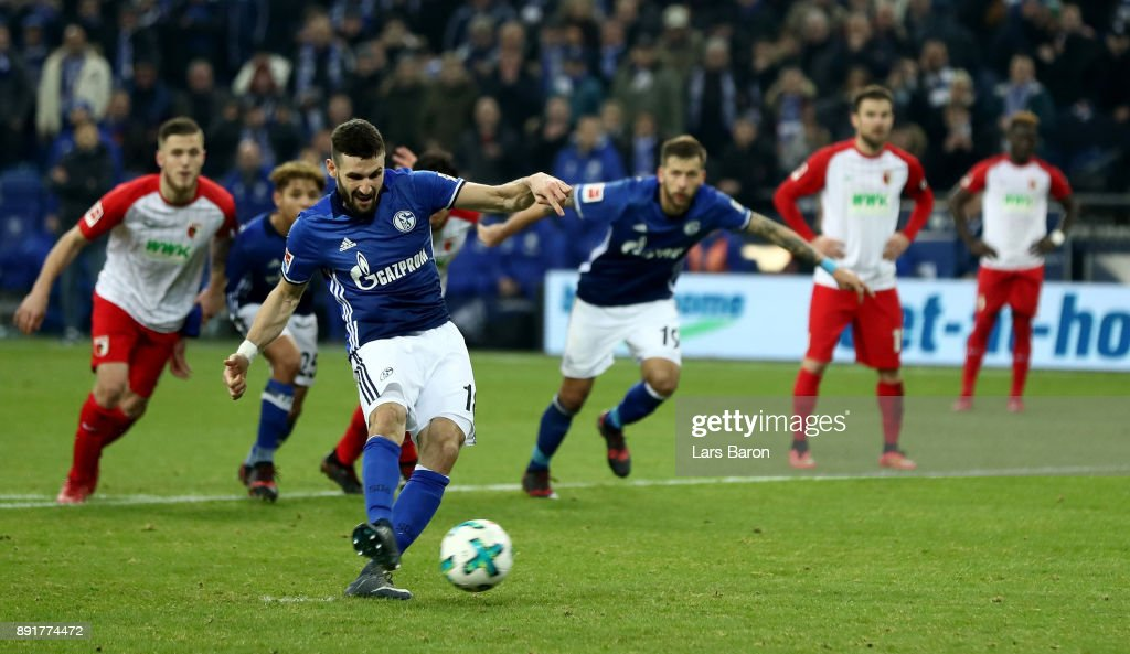 Daniel Caligiuri of Schalke scores the 2nd goal by penalty during the Bundesliga match between FC Schalke 04 and FC Augsburg at Veltins-Arena on December 13, 2017 in Gelsenkirchen, Germany.