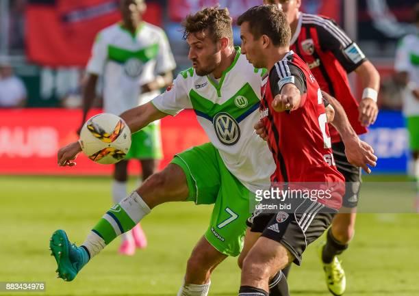 Daniel Calligiuri im Zweikampf mit Markus Suttner waehrend dem Fussball Bundesliga Spiel FC Ingolstadt gegen Vfl Wolfsburg am 4 Spieltag der Saison...