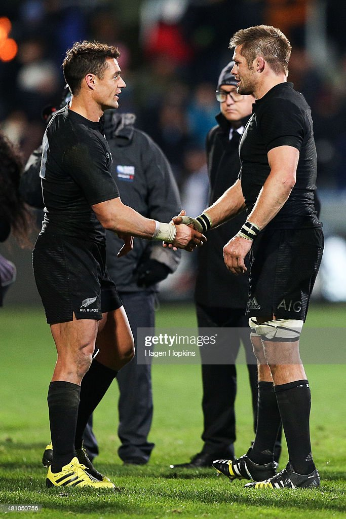 Daniel Carter and Richie McCaw of the New Zealand All Blacks shake hand after the final whistle during The Rugby Championship match between the New Zealand All Blacks and Argentina at AMI Stadium on July 17, 2015 in Christchurch, New Zealand.