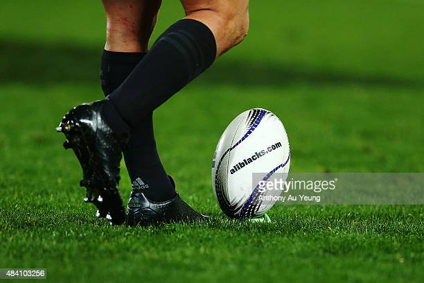 Daniel Carter of New Zealand prepares a conversion during The Rugby Championship Bledisloe Cup match between the New Zealand All Blacks and the...