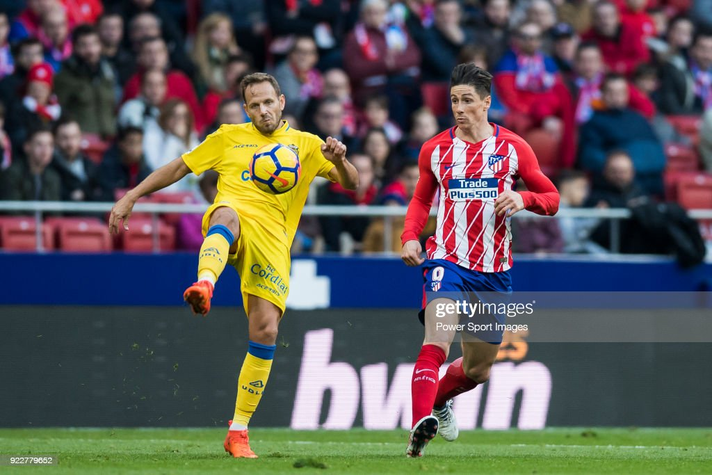 Daniel Castellano Betancor, Dani Castellano (L), of UD Las Palmas fights for the ball with Fernando Torres of Atletico de Madrid during the La Liga 2017-18 match between Atletico de Madrid and UD Las Palmas at Wanda Metropolitano on January 28 2018 in Madrid, Spain.