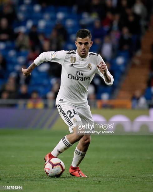 Daniel Ceballos of Real Madrid CF controls the ball during the La Liga match between Real Madrid CF and SD Huesca at Estadio Santiago Bernabeu on...