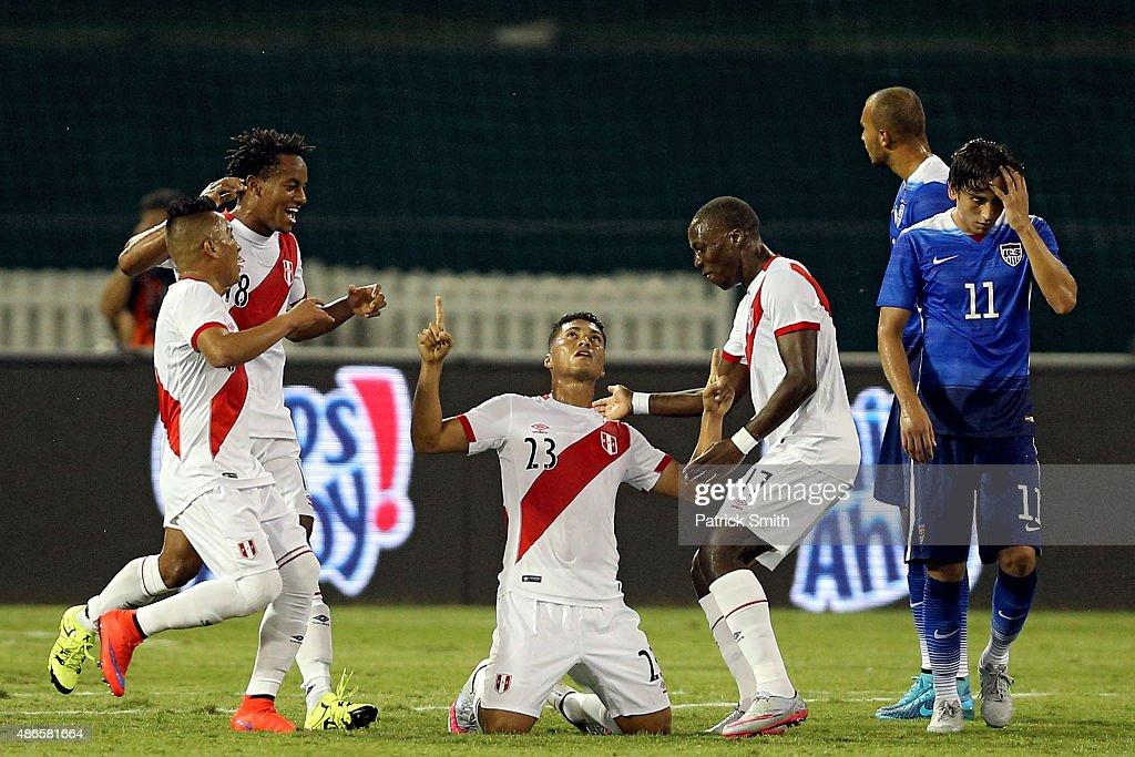 Peru v United States : News Photo