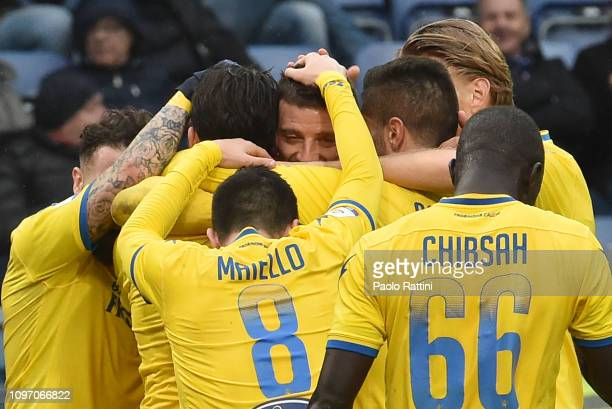 Daniel Ciofani of Frosinone Calcio celebrates after scoring with team mates first goal during the Serie A match between UC Sampdoria and Frosinone...