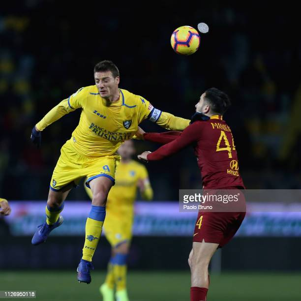 Daniel Ciofani of Frosinone Calcio competes for the ball with Kostas Manolas of AS Roma during the Serie A match between Frosinone Calcio and AS Roma...