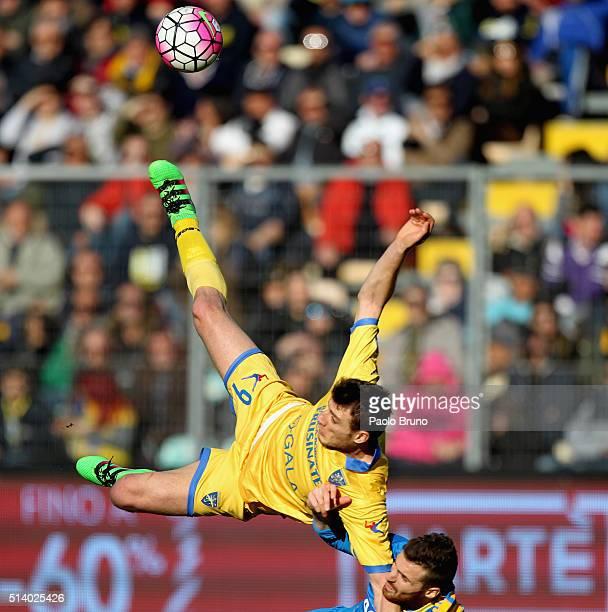 Daniel Ciofani of Frosinone Calcio in action during the Serie A match between Frosinone Calcio and Udinese Calcio at Stadio Matusa on March 6 2016 in...