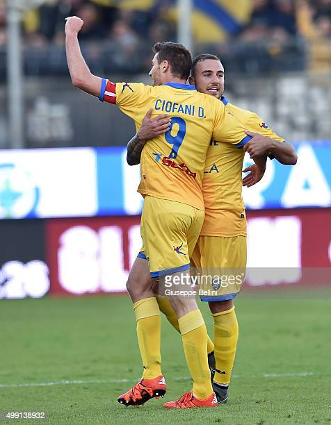 Daniel Ciofani of Frosinone celebrates after scoring th goal 20 during the Serie A match between Frosinone Calcio and Hellas Verona FC at Stadio...