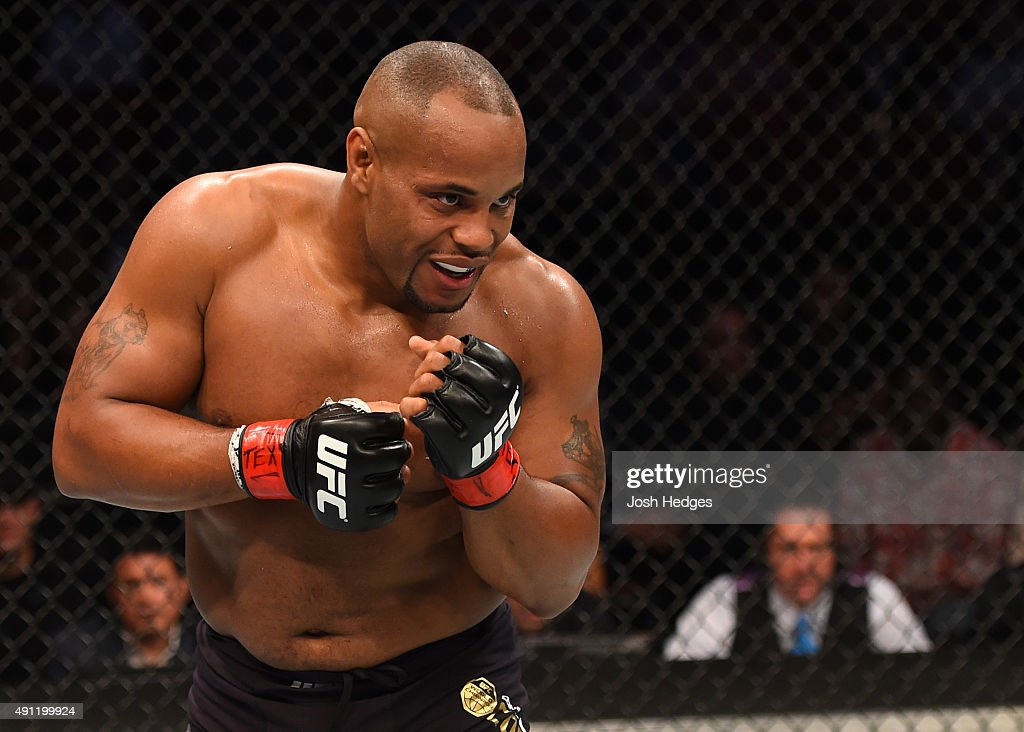 UFC 192: Cormier v Gustafsson : News Photo