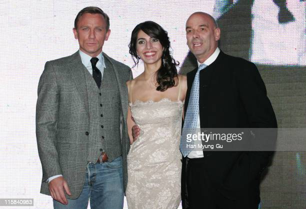 Daniel Craig and Caterina Murino and Martin Campbell, director