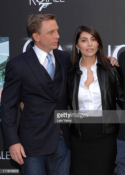 Daniel Craig and Caterina Murino during 'Casino Royale' Madrid Photocall at Santo Mauro Hotel in Madrid Spain