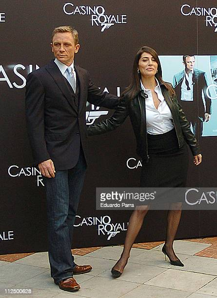 Daniel Craig and Caterina Murino during Casino Royale Photocall Madrid at Santo Mauro Hotel in Madrid Spain
