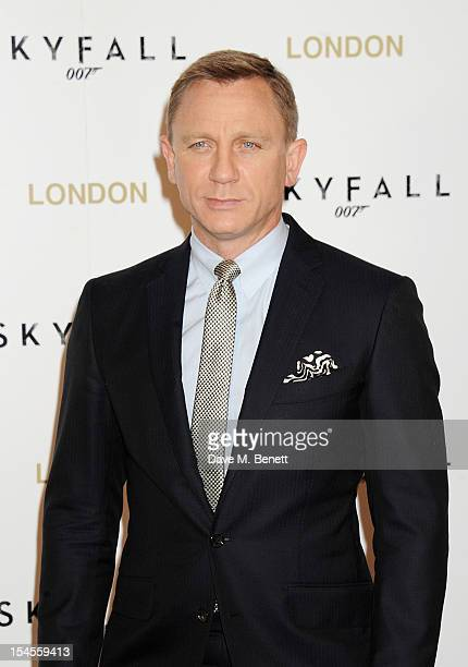 Daniel Craig attends a photocall for the new James Bond film 'Skyfall' at The Dorchester on October 22, 2012 in London, England.