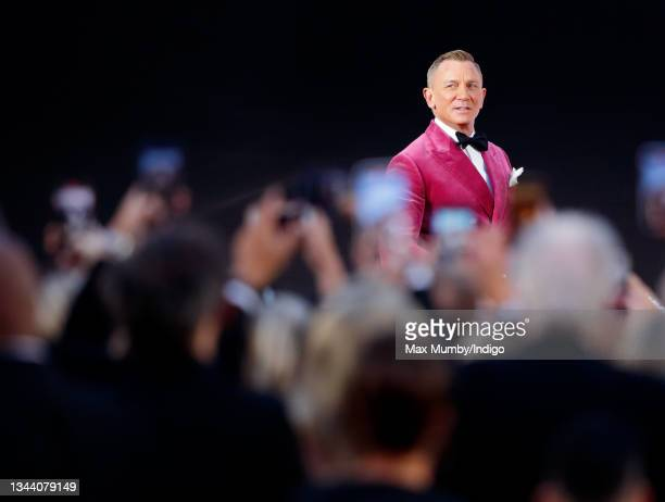 """Daniel Craig attends the """"No Time To Die"""" World Premiere at the Royal Albert Hall on September 28, 2021 in London, England."""