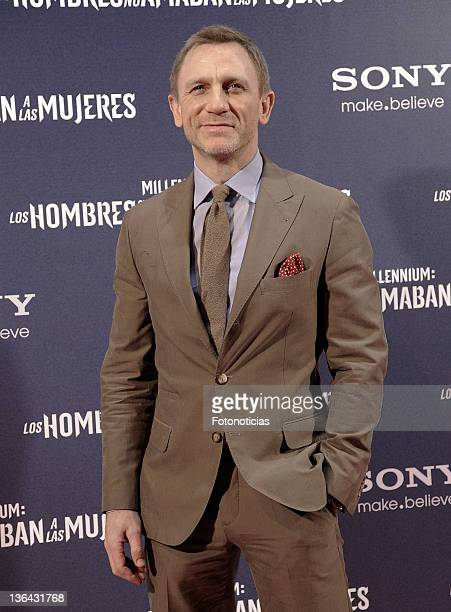 Daniel Craig attends the premiere of 'Millenium The Girl With the Dragon Tattoo' at Callao CInema on January 4 2012 in Madrid Spain