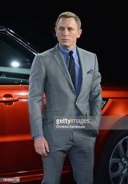 Daniel Craig attends the Range Rover Sport world unveiling at the 2013 New York Auto Show at Skylight at Moynihan Station on March 26 2013 in New...