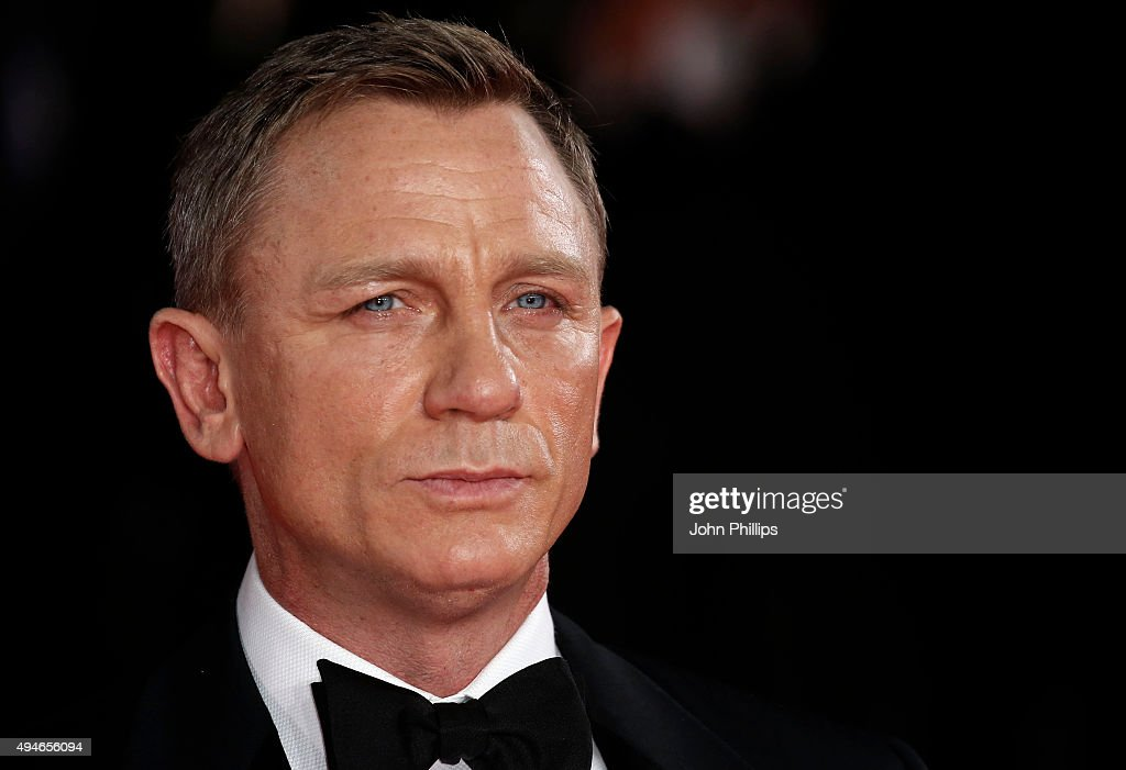 "Royal Film Performance: ""Spectre"" : News Photo"