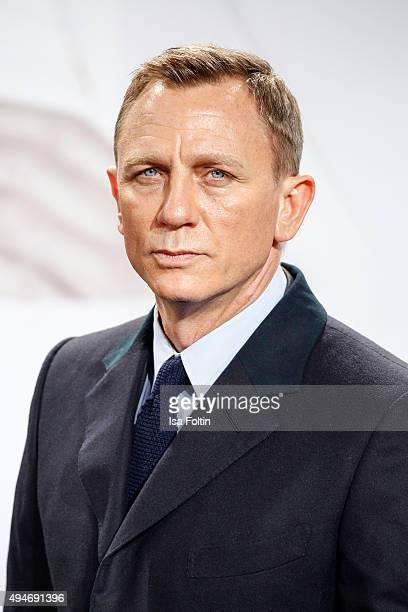 Daniel Craig attends the 'Spectre' German Premiere on October 28 2015 in Berlin Germany