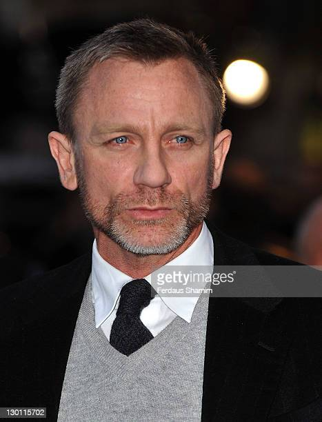 Daniel Craig attends the UK premiere of Tintin at Odeon West End on October 23 2011 in London England