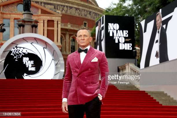 """Daniel Craig attends the World Premiere of """"NO TIME TO DIE"""" at the Royal Albert Hall on September 28, 2021 in London, England."""