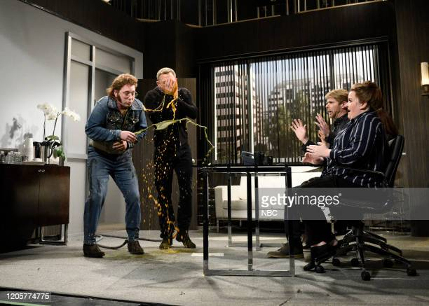 LIVE Daniel Craig Episode 1782 Pictured Beck Bennett as Franklin Hughes host Daniel Craig as himself Mikey Day as Mr Johnson and Aidy Bryant as Pam...