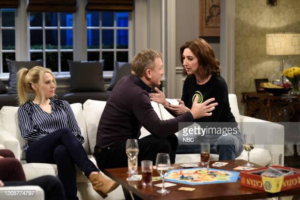 LIVE Daniel Craig Episode 1782 Pictured Kate McKinnon host Daniel Craig and Heidi Gardner as Duff during the Game Night sketch on Saturday March 7...