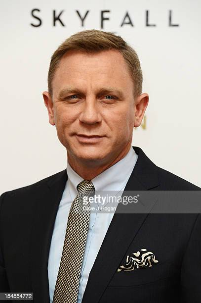 Daniel Craig poses at a photocall for the new James Bond film 'Skyfall' at The Dorchester Hotel on October 22, 2012 in London, England.