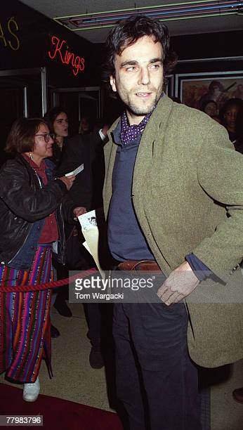 Daniel Day Lewis arrives at the premiere of 'Last of the Mohicans' on November 5 1992 in London England
