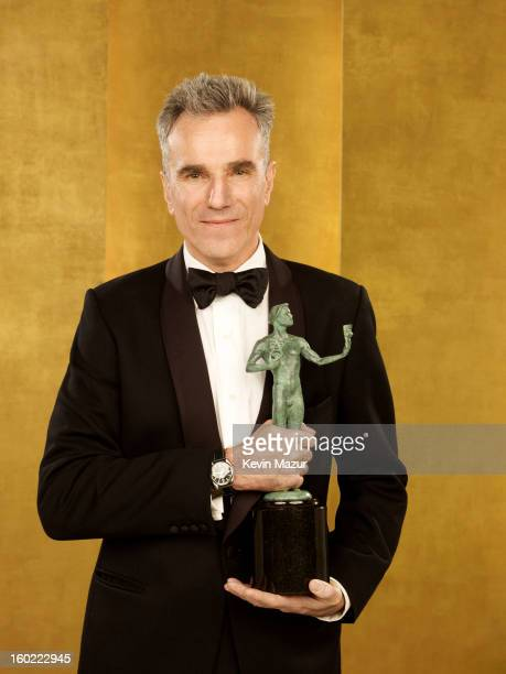 Daniel Day Lewis poses during the 19th Annual Screen Actors Guild Awards at The Shrine Auditorium on January 27 2013 in Los Angeles California...