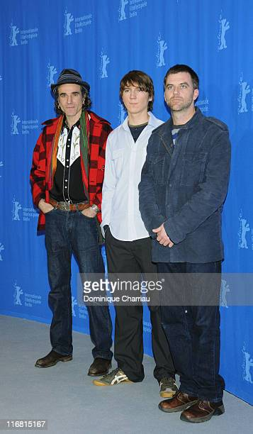Daniel DayLewis Paul Dano and director Paul Thomas Anderson attend the There Will Be Blood photocall during day two of the 58th Berlinale...