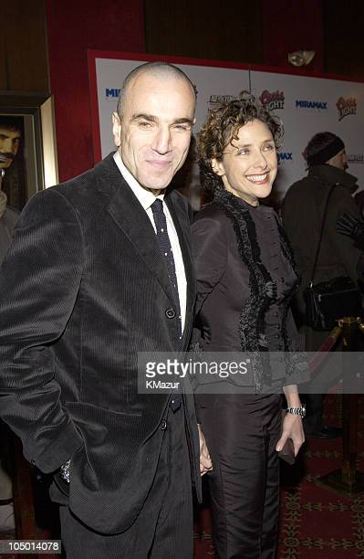 Daniel DayLewis wife Rebecca Miller during Gangs of New York World Premiere at Ziegfeld Theater in New York City New York United States