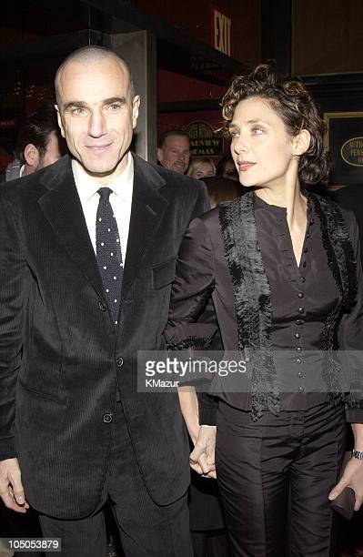 Daniel DayLewis wife Rebecca Miller during 'Gangs of New York' World Premiere at Ziegfeld Theater in New York City New York United States