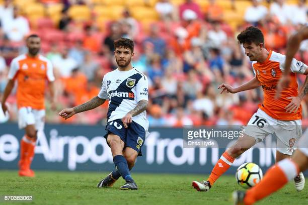 Daniel De Silva of Mariners kicks during the round five ALeague match between the Brisbane Roar and the Central Coast Mariners at Suncorp Stadium on...