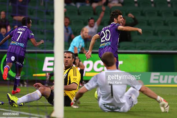 Daniel de Silva of the Glory celebrates a goal during the round seven A-League match between Perth Glory and Wellington Phoenix at nib Stadium on...