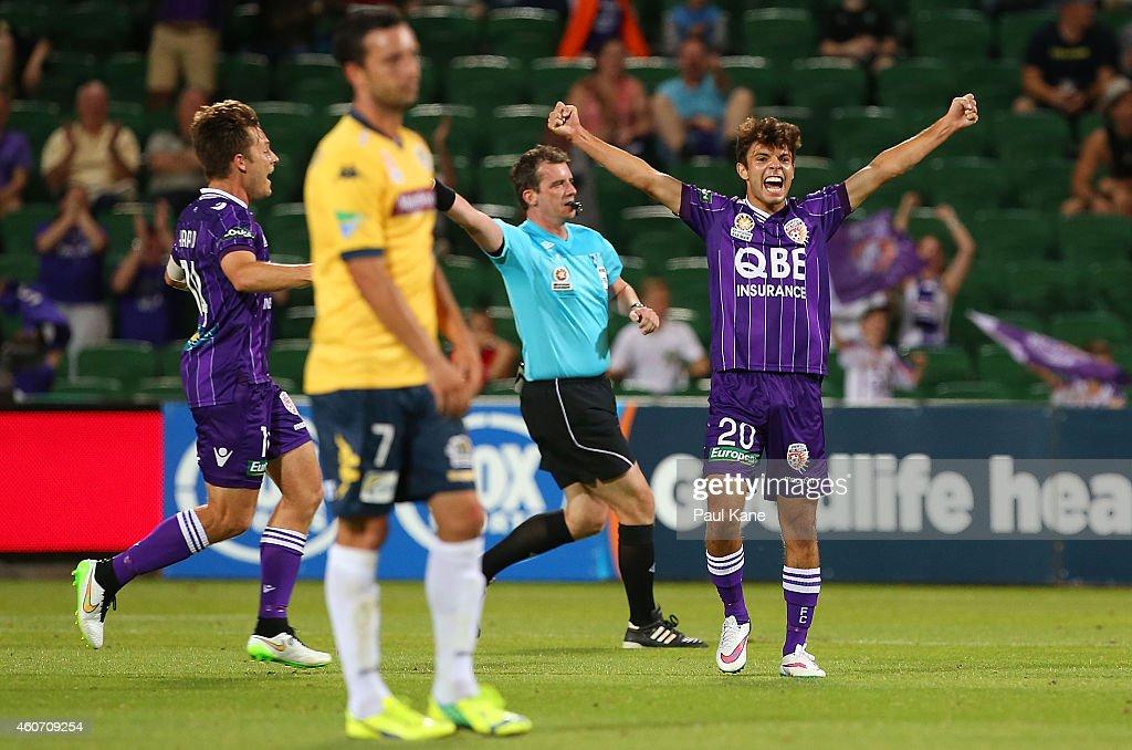 A-League Rd 12 - Perth v Central Coast