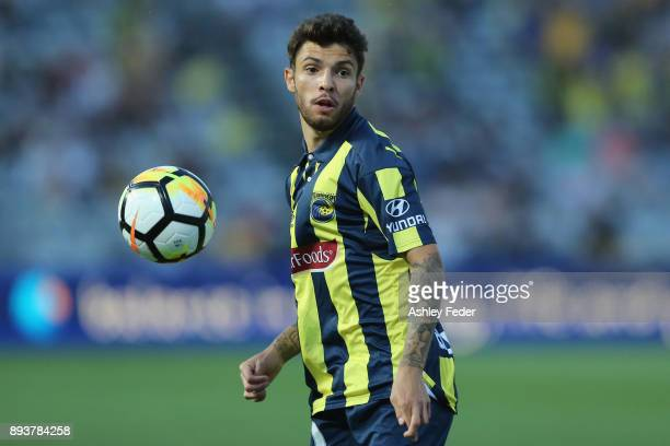 Daniel De Silva of the Mariners in action during the round 11 ALeague match between the Central Coast and the Western Sydney Wanderers at Central...