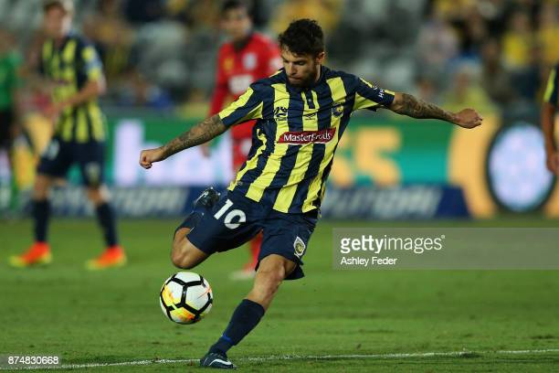 Daniel De Silva of the Mariners kicks the ball during the round seven ALeague match between the Central Coast Mariners and Adelaide United at Central...