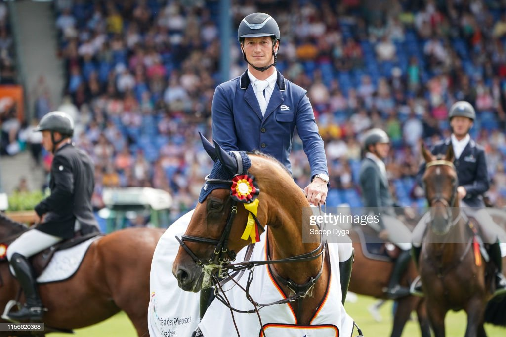 Daniel DEUSSER of Germany riding KILLER QUEEN VDM during the CHIO of...  News Photo - Getty Images