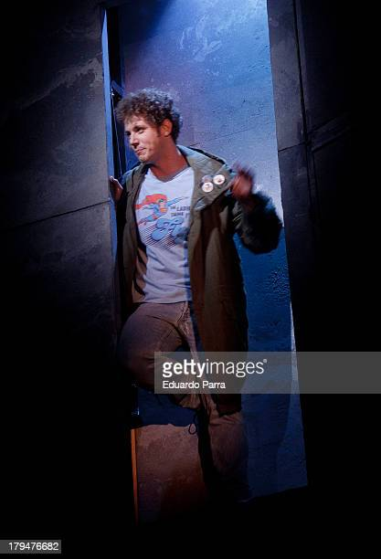 Daniel Diges dances during rehearsals for the press during the presentation of the musical 'Hoy no me puedo levantar' at Coliseum theatre on...