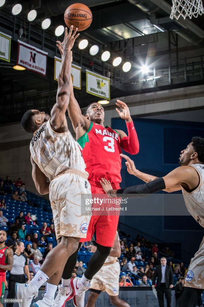 Daniel Dixon #3 of the Maine Red Claws dunks against the Delaware 87ers during a G-League game on March 13, 2018 at the Bob Carpenter Center in Newark, Delaware.