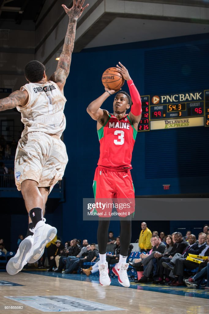 Daniel Dixon #3 of the Maine Red Claws shoots the ball against the Delaware 87ers during a G-League game on March 13, 2018 at the Bob Carpenter Center in Newark, Delaware.