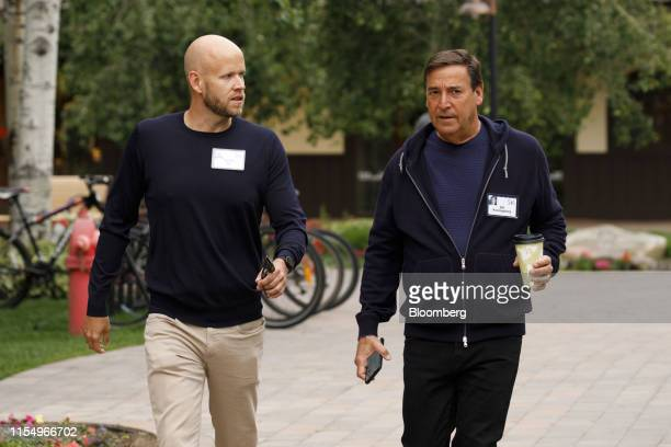 Daniel Ek, co-founder and chief executive officer of Spotify Technology SA, left, and Bill Koenigsberg, founder and chief executive officer of...
