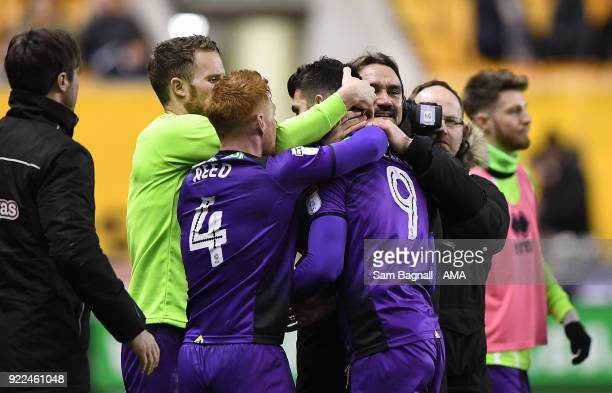 Daniel Farke manager / head coach of Norwich City celebrates with goalscorer Nelson Oliveira of Norwich City during the Sky Bet Championship match...