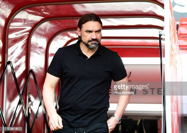 Daniel Farke, Manager of Norwich City walks out to inspect the pitch prior to the Premier League match between Sheffield United and Norwich City at...