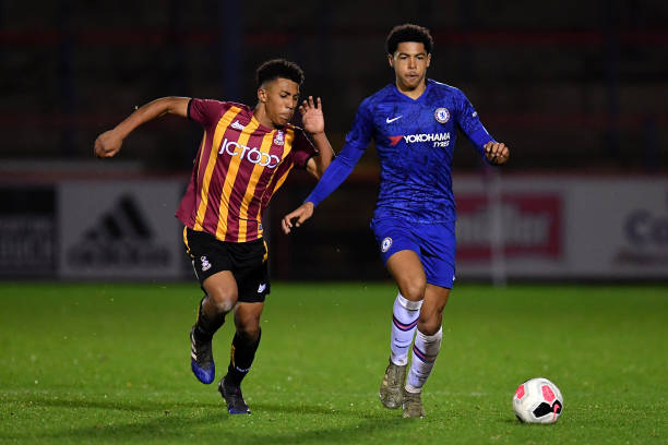 Daniel Francis of Bradford takes on Levi Colwill of Chelsea during the FA Youth Cup: Fourth Round match between Chelsea FC and Bradford City on...