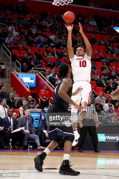 Daniel Gafford of the Arkansas Razorbacks shoots the ball against the Butler Bulldogs during the first half of the game in the first round of the...