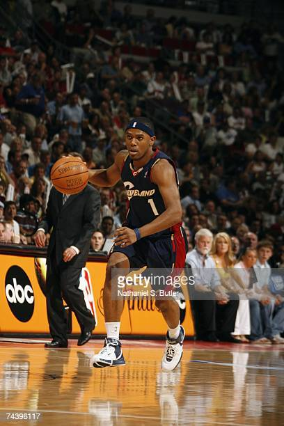Daniel Gibson of the Cleveland Cavaliers moves the ball up court in Game Five of the Eastern Conference Finals against the Detroit Pistons during the...